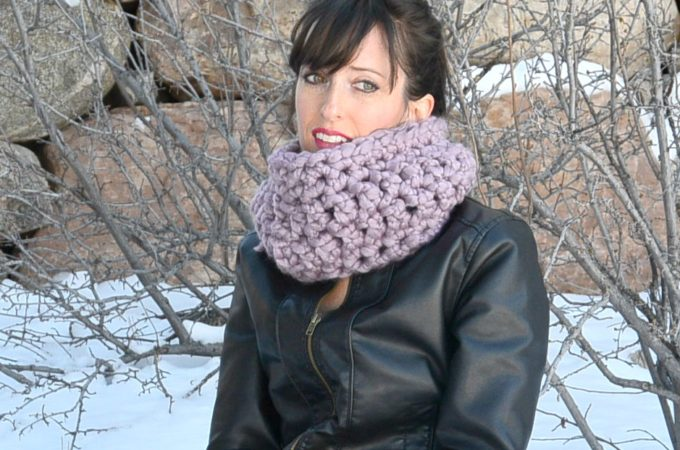 Prettiest Frosted Plum Beginner Crochet Cowl