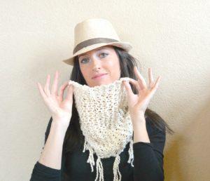 Easy Knit Summer Cowl DSC_2303