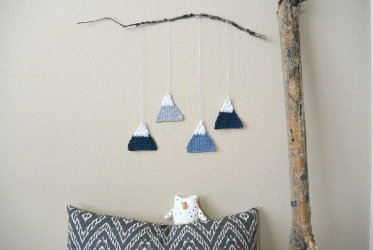 Crochet Mountain Wall Hanging - Mama in a Stitch