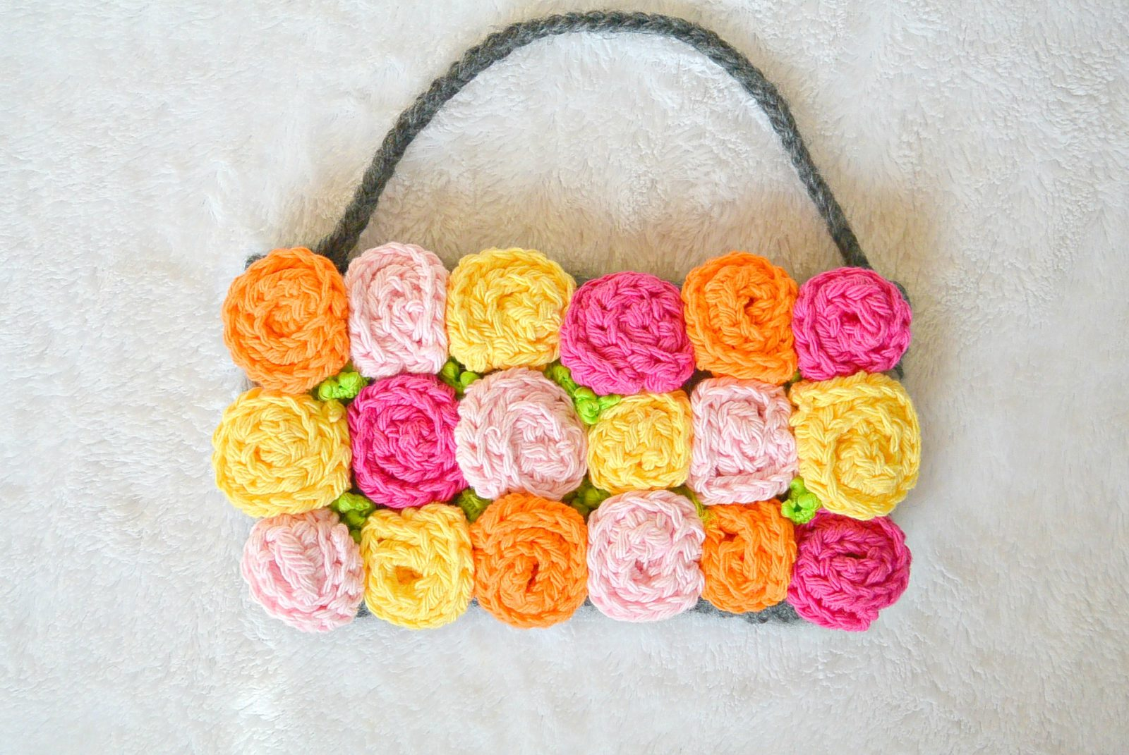 roses crochet purse mama in a stitch. Black Bedroom Furniture Sets. Home Design Ideas