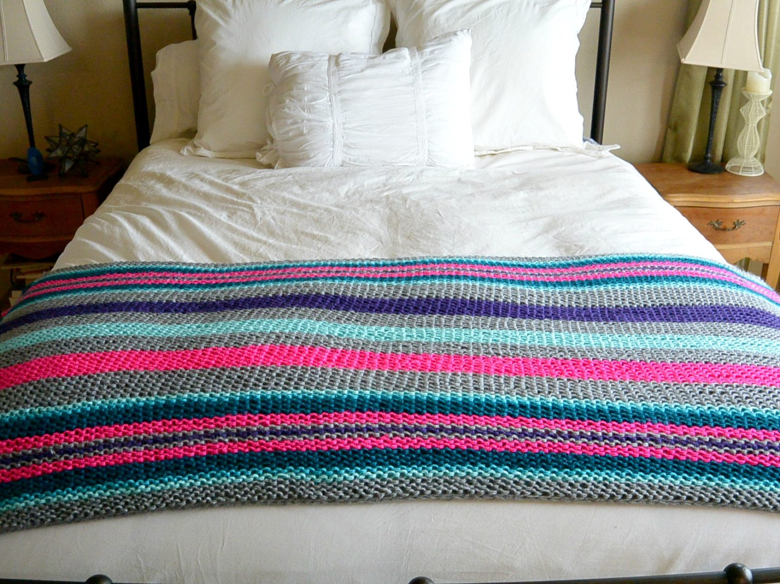 Easy Native Stripes Knit Blanket / Throw - Mama In A Stitch