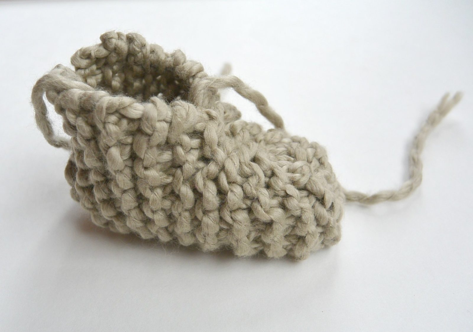 Beginner Knit Baby Booties \