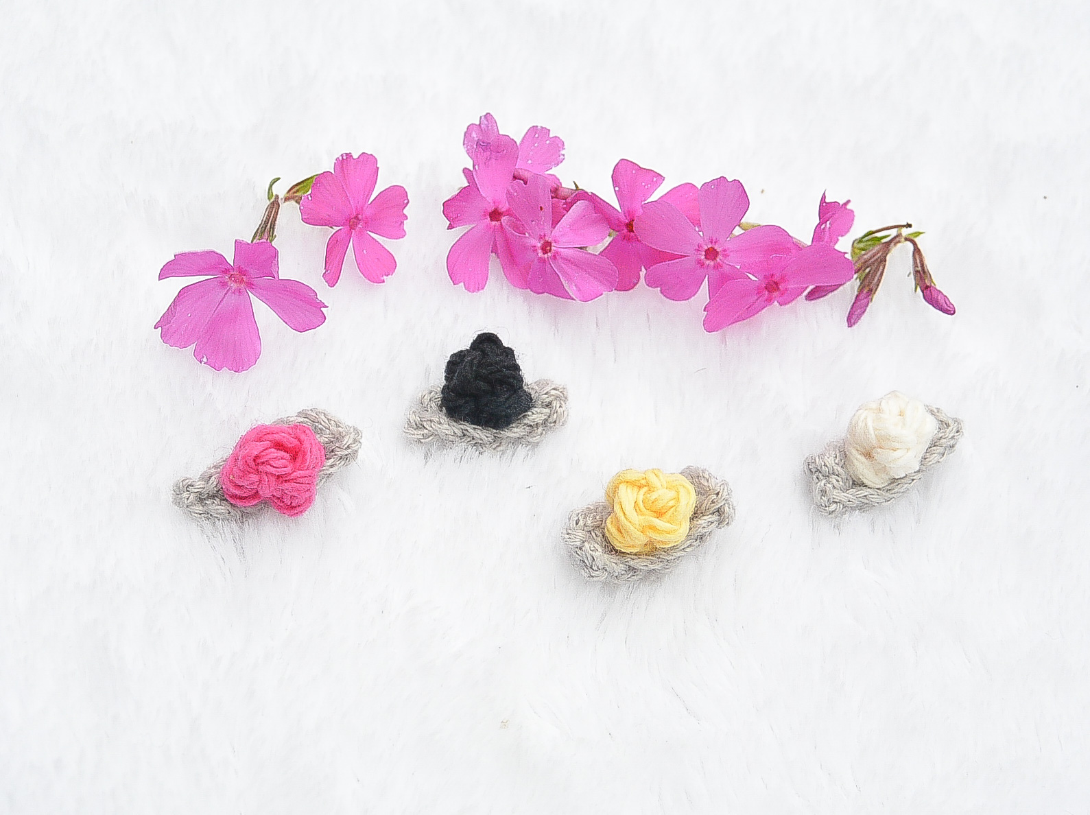 Teeny Tiny Crochet Flower Buds