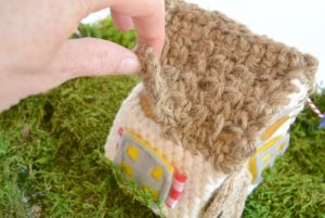 Roof Opens Crochet House