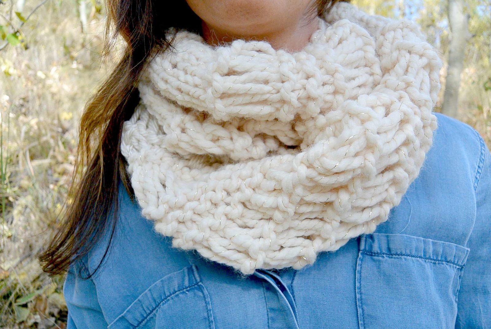 Cozy Glitz Chunky Knit Infinity Scarf Pattern Mama In A Stitch
