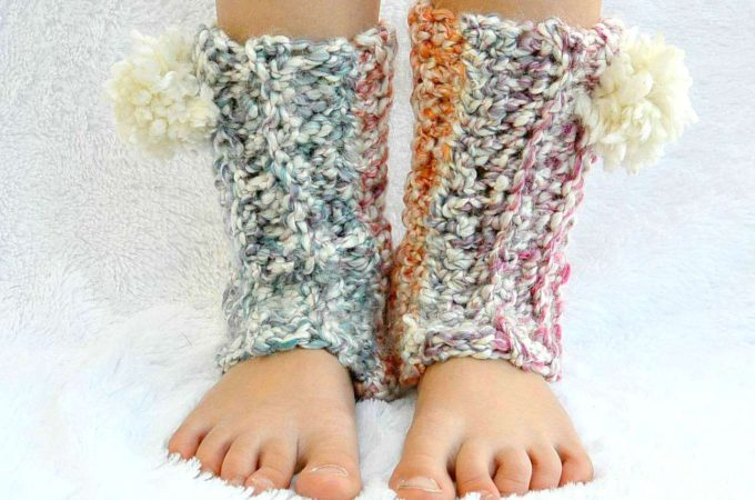 Snow Flurry Leg Warmers – Beginner Crochet Pattern – ANY SIZE