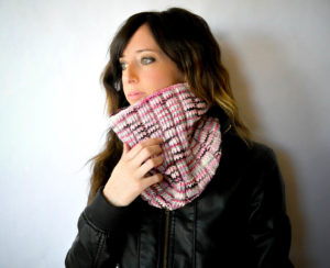 Wide Ribbed Knit Cowl Pattern 1