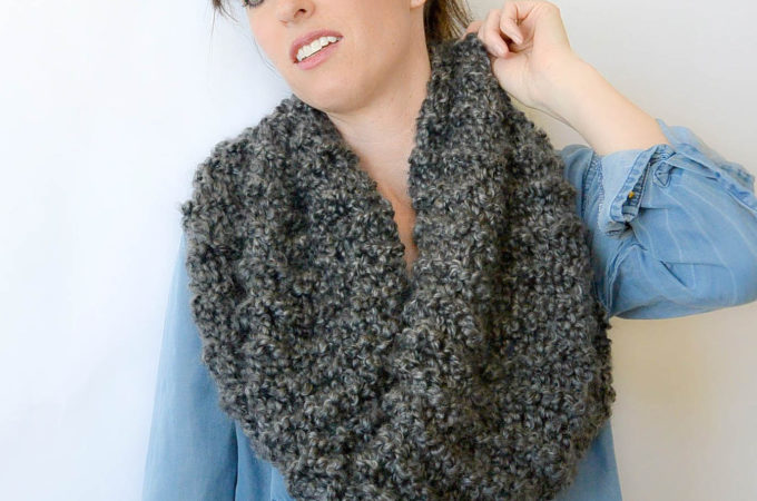 TALL Eiffel Cowl – Beginner Knitting Pattern