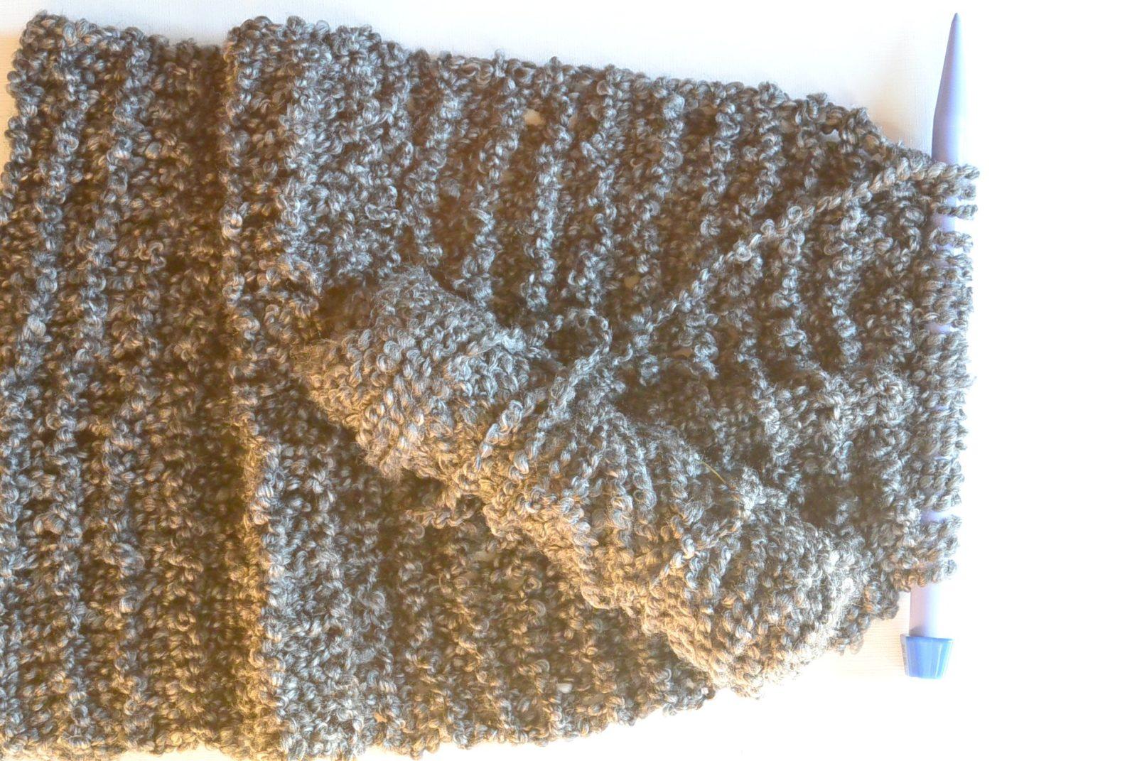 TALL Eiffel Cowl - Beginner Knitting Pattern   Mama In A Stitch