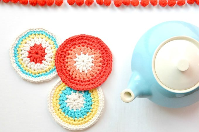 "Colorful Little ""Vintage"" Coasters – Free Crochet Pattern"