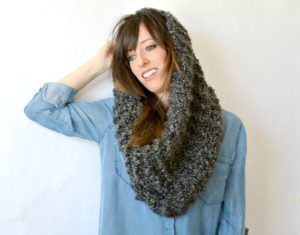 Fast and Easy Free Knit Cowl Pattern