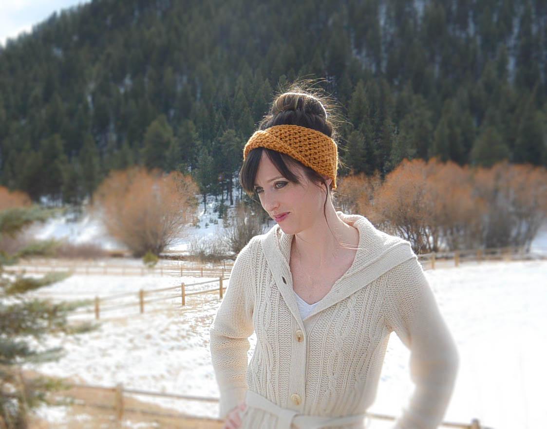 Golden Fave Twist Headband - Free Crochet Pattern – Mama In A Stitch