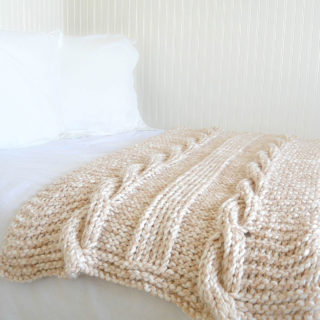 Endless Cables Super Chunky Throw
