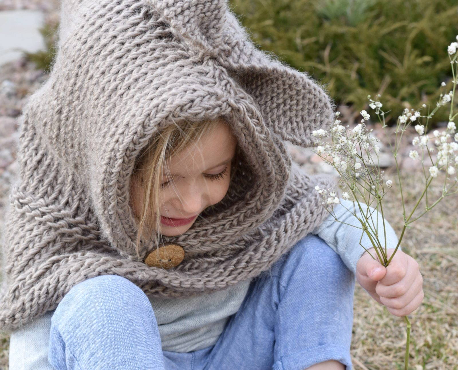 Knitting Pattern - Hooded Cowl Bunny