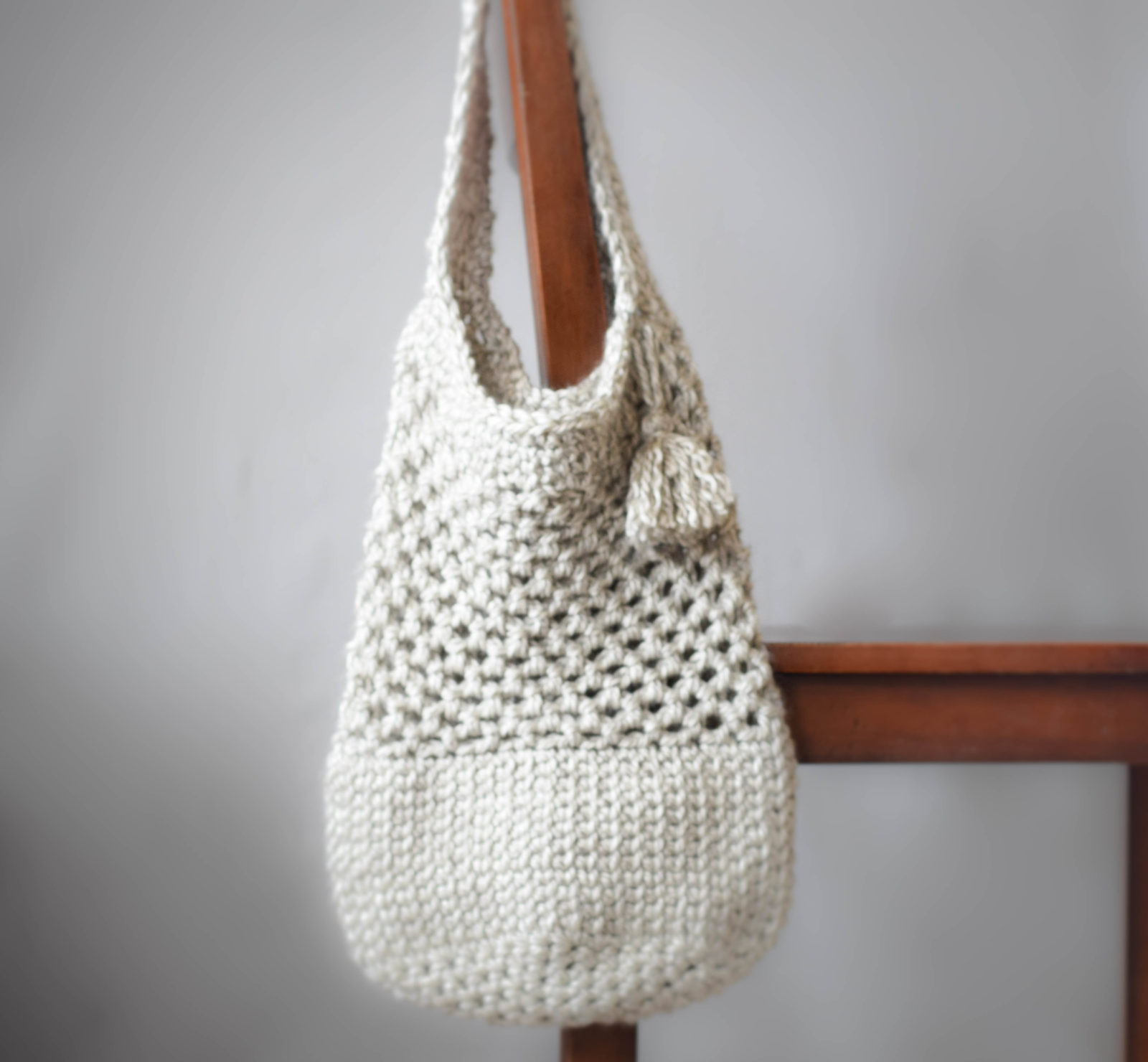 Crochet Patterns For Tote Bags : Manhattan Market Tote - Crochet Pattern - Mama In A Stitch