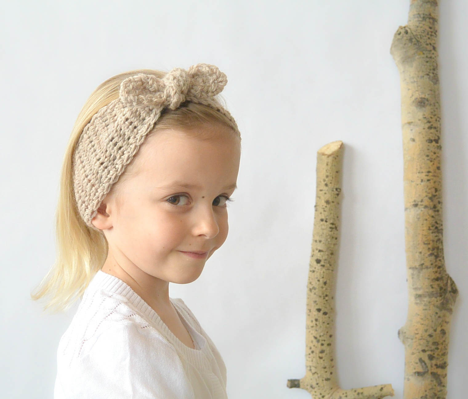 Naturally Chic Tie-Up Crochet Headband Pattern – Mama In A Stitch
