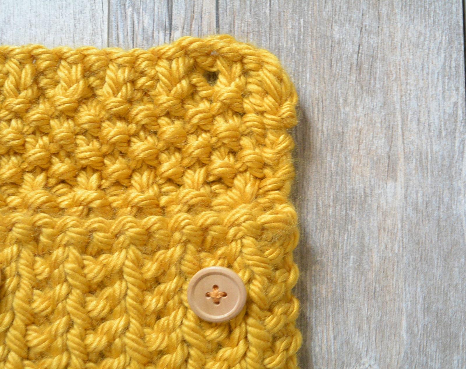 Knit Pouch Button Closure