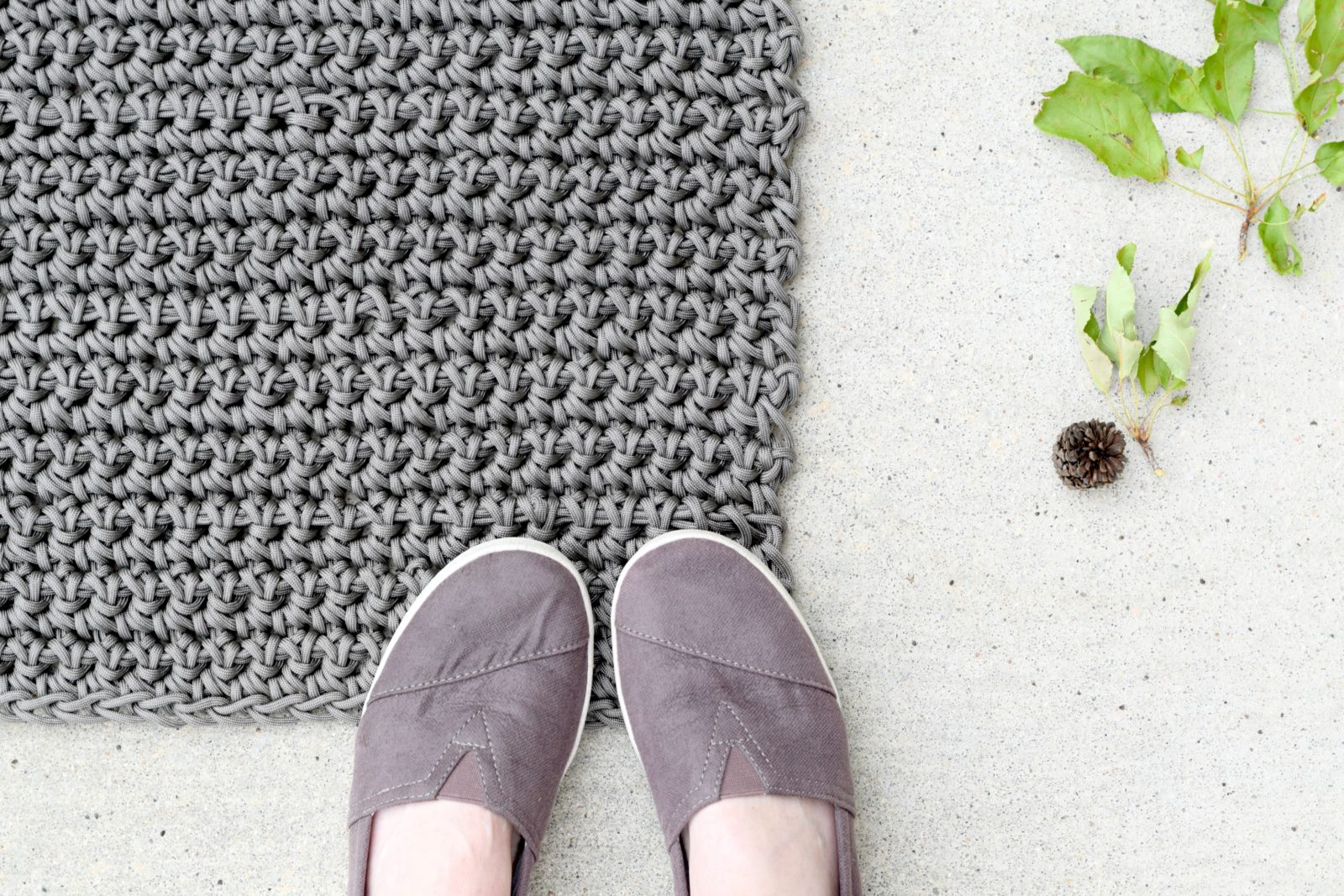 How To Crochet An Outdoor Rug For Beginners Mama In A