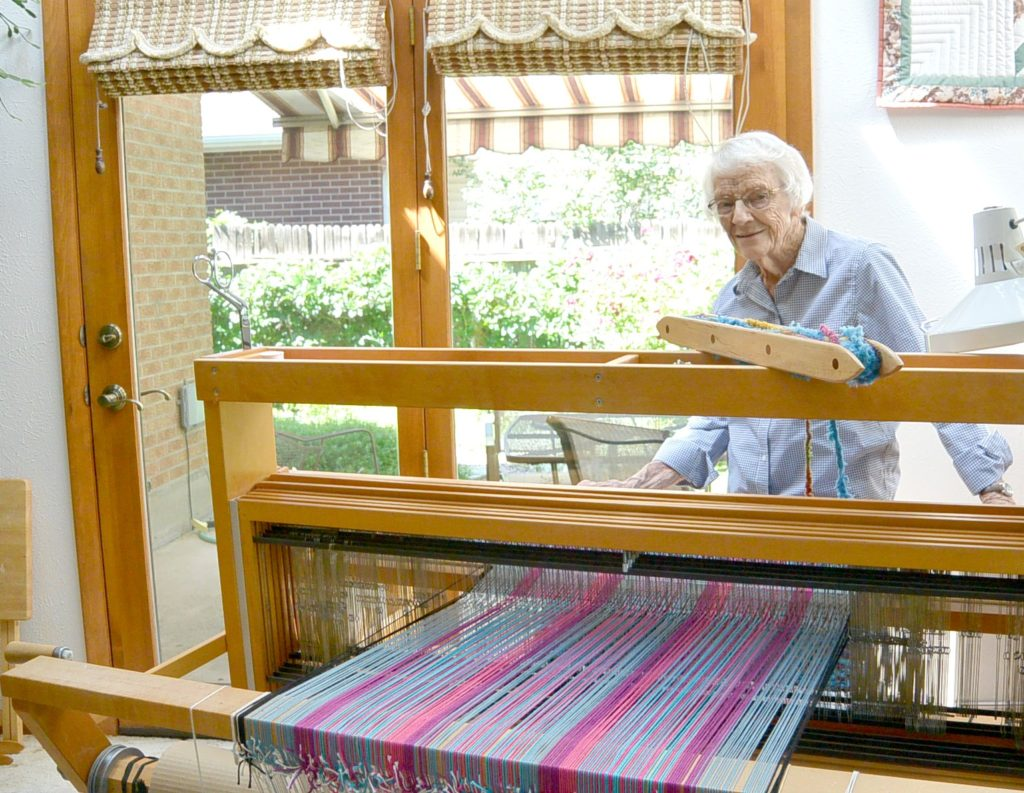 How To Weave - Loom