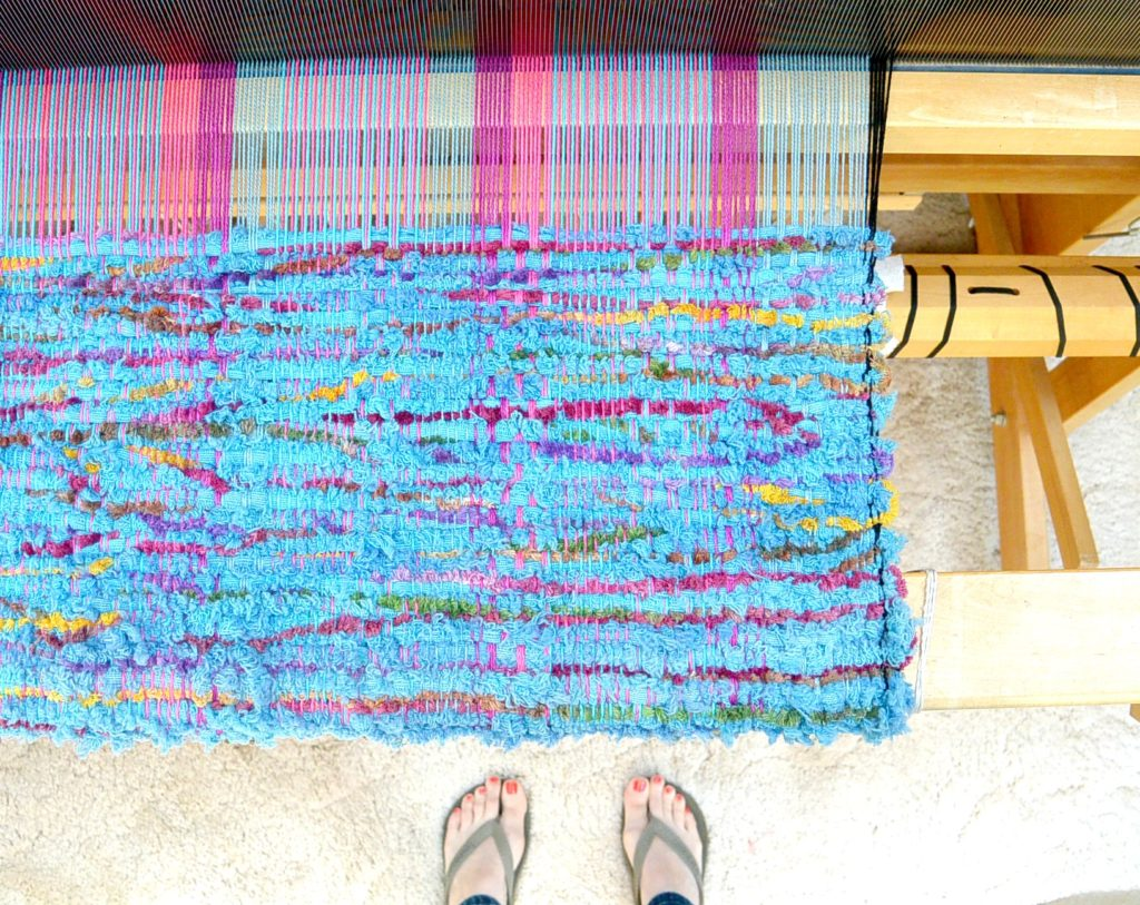 How to weave - large loom