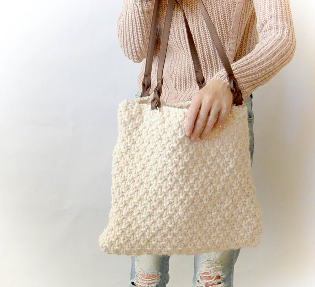 Knitted Bags Free Patterns : Aspen Knit Bag - Free Knitting Pattern Easy Purse