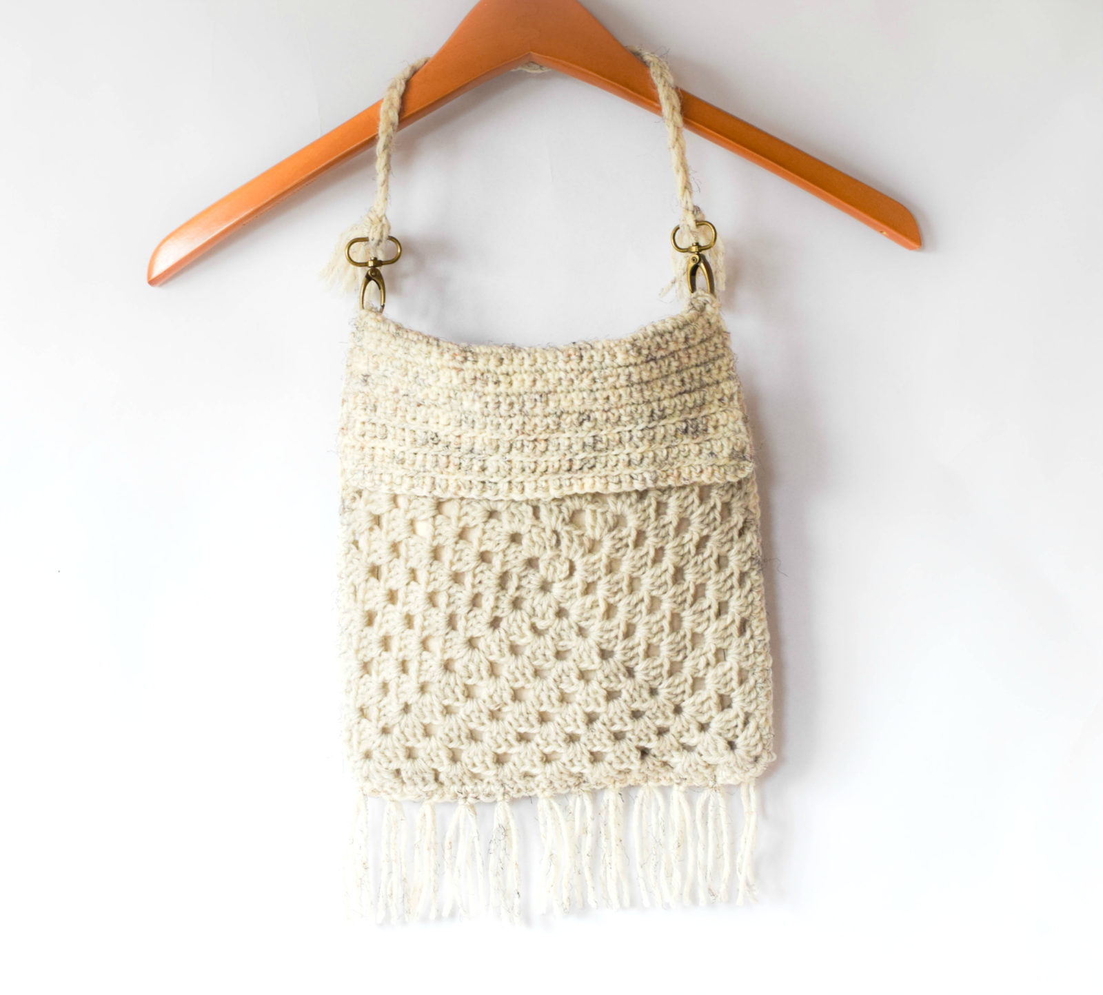 Boho Fringe Granny Square Crochet Purse ? Mama In A Stitch
