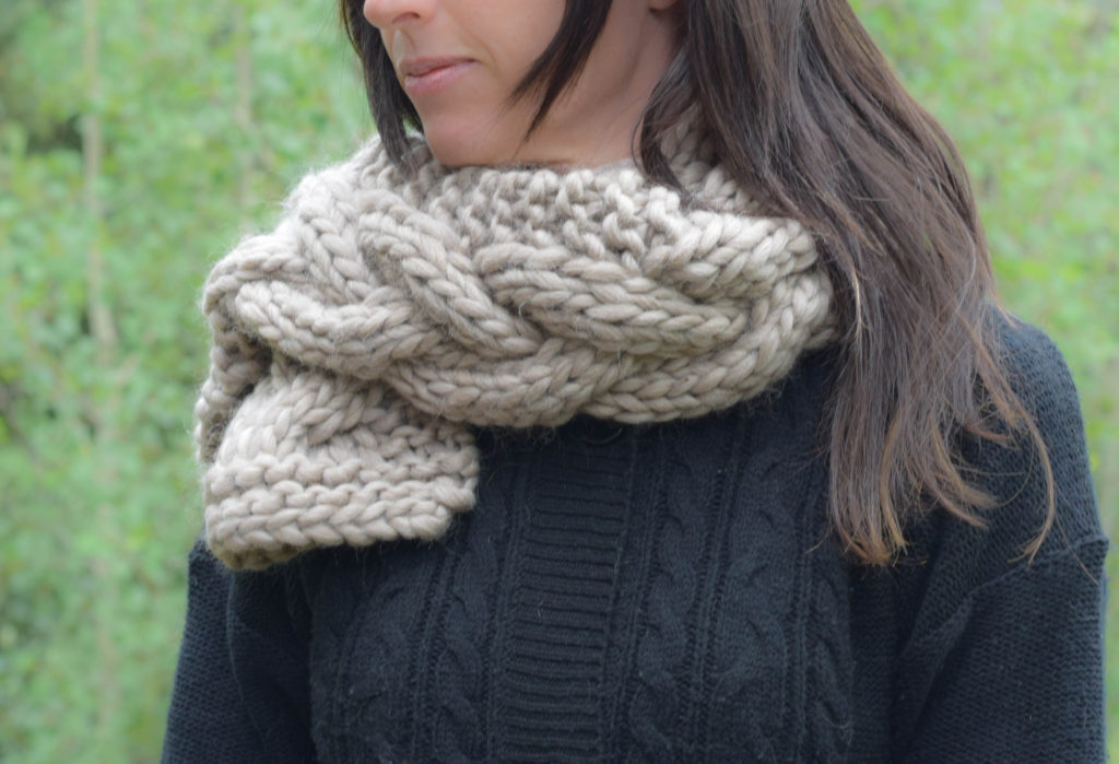 Cabled Knit Chunky Scarf Pattern 4