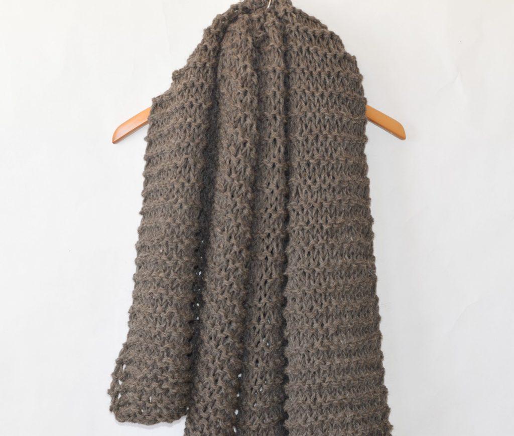 Big Beginner Knit Shawl - Scarf Pattern   Mama In A Stitch