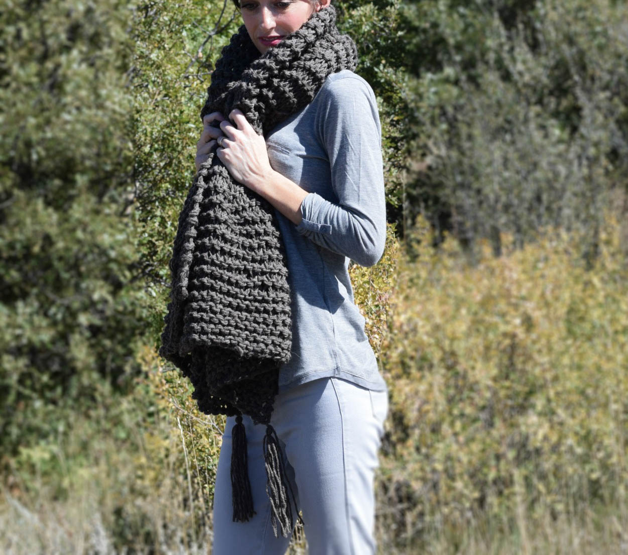 Knitting Patterns For Big Scarves : Big Beginner Knit Shawl - Scarf Pattern   Mama In A Stitch