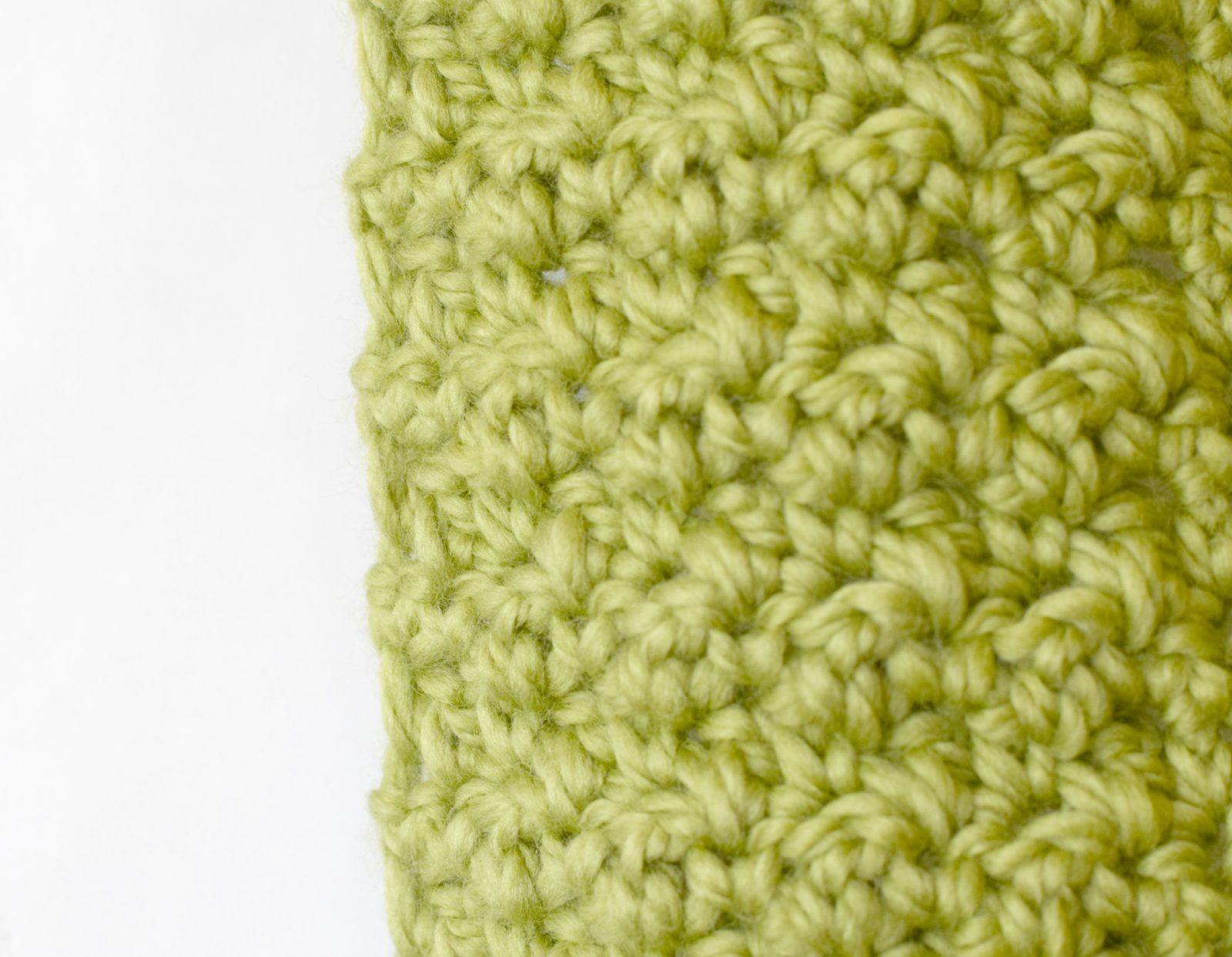 Crochet Scarf Pattern Thick Yarn : Chunky, Squishy Crochet Infinity Scarf Pattern ? Mama In A ...