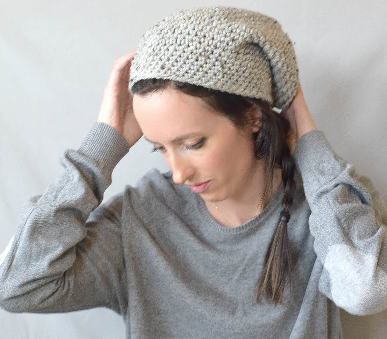 f2d65b1e32c How To Crochet An Easy Slouchy Hat -
