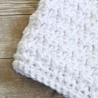 lofty-easy-crochet-baby-blanket-pattern-1