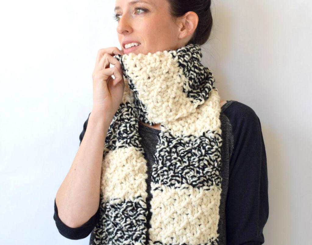 Winter Nights Easy Knit Scarf Pattern