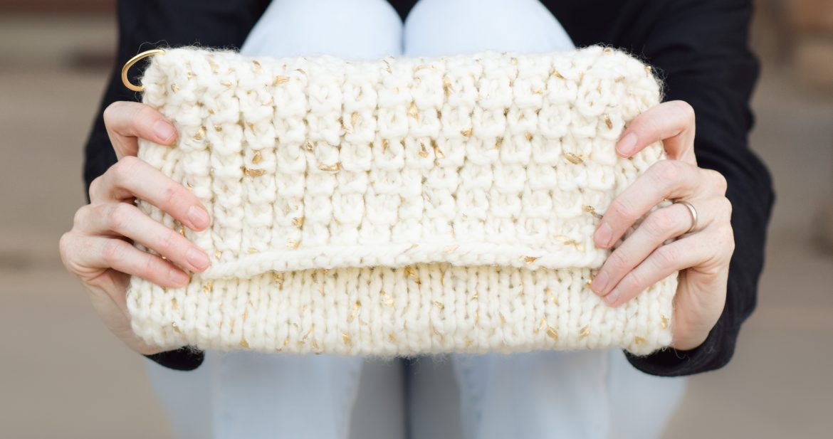 b95436eb8 The Soho Gold Leaf Knit Clutch Pattern – Mama In A Stitch
