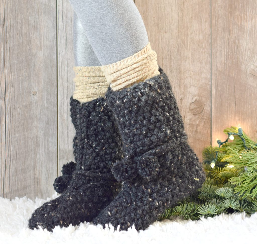 Flat Knitting Patterns : Mountain Chalet Boot Slipper Knitting Pattern (Knit Flat)   Mama In A Stitch