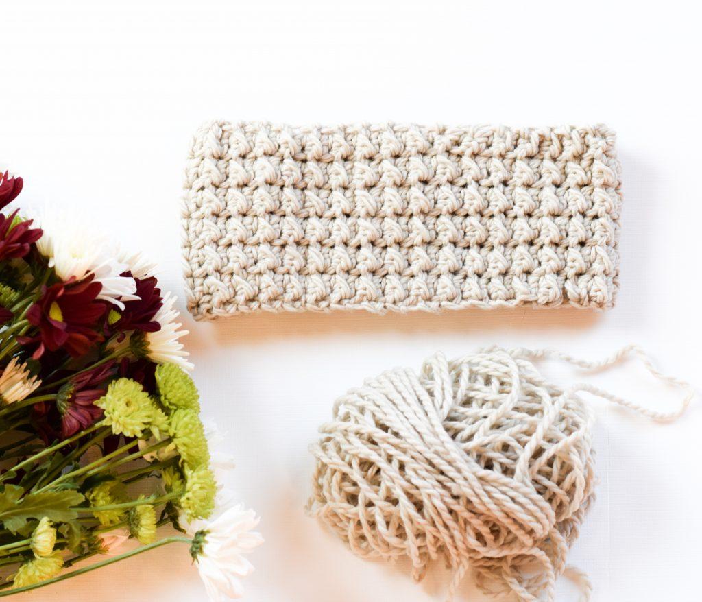 messy-bun-ear-warmer-crochet-pattern-6