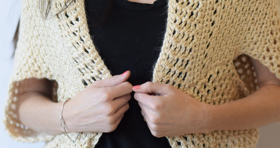 Knitting Pattern For Blanket Sweater : Mod Mesh Honey Blanket Sweater   Mama In A Stitch