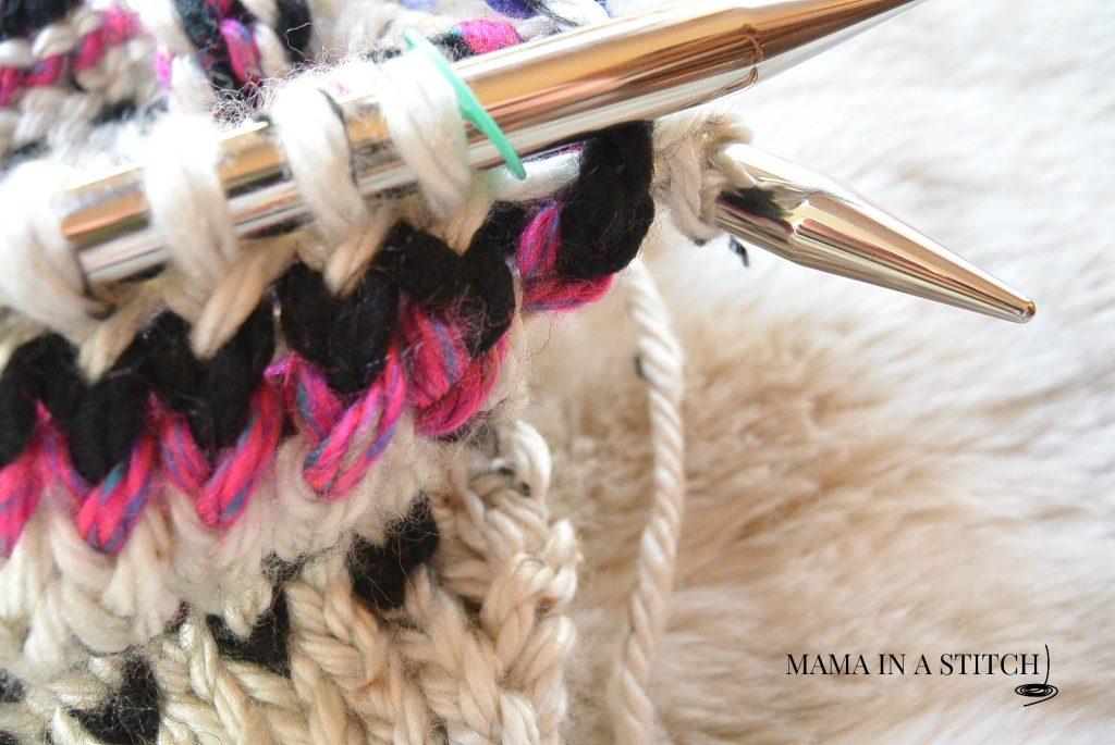 fair-isle-knit-cowl-stitch-marker