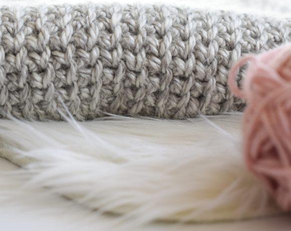 "How To Crochet A ""Knit"" Stitch"