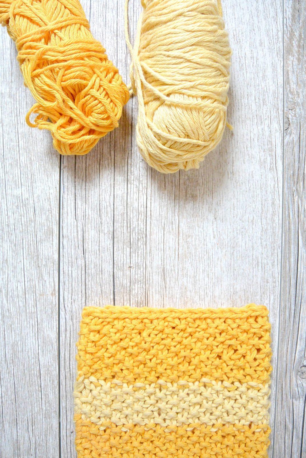 Easy Knit Waschloth Pattern - Sunshine Washcloth - Mama In ...