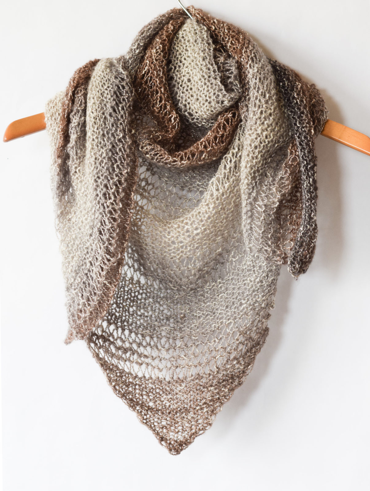 Knitting Patterns For Triangle Scarves : How To Knit An Easy Triangle Wrap   Mama In A Stitch
