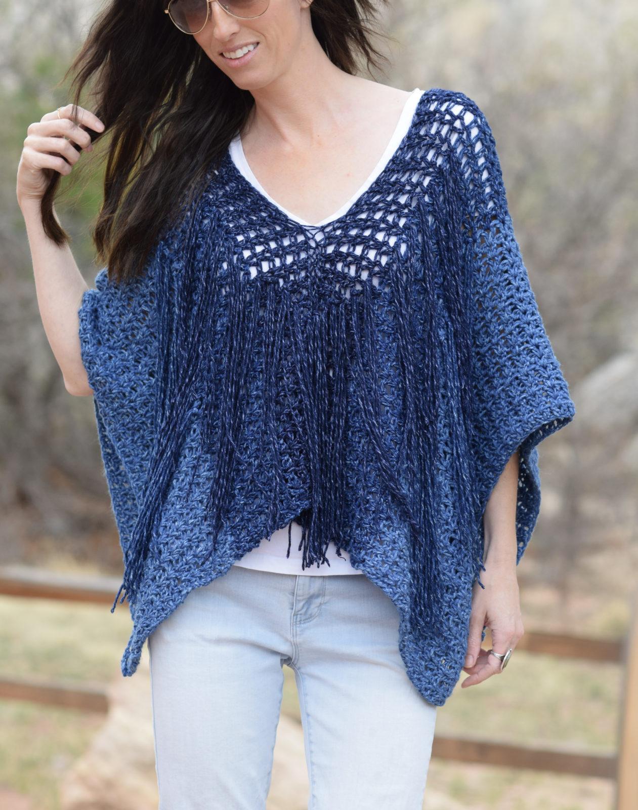 Free Pattern Easy Crochet Poncho : Azul V-Mesh Easy Crochet Poncho Pattern ? Mama In A Stitch