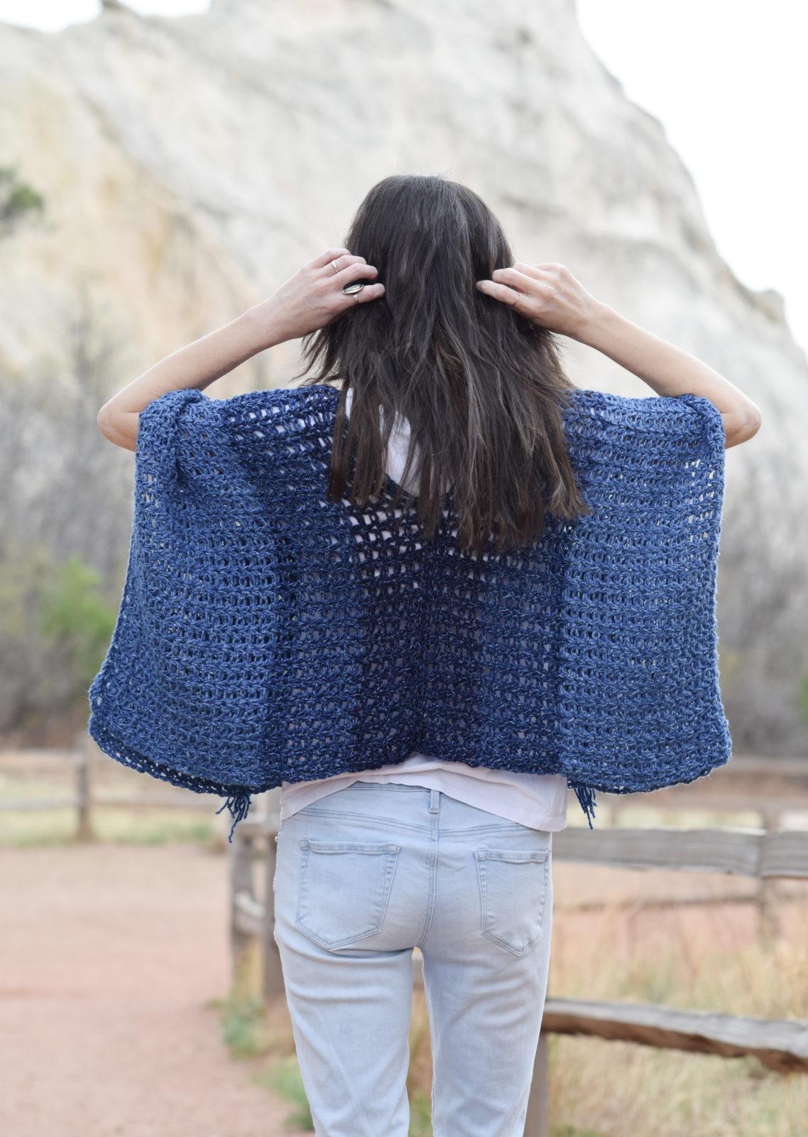 Azul V Mesh Easy Crochet Poncho Pattern Mama In A Stitch