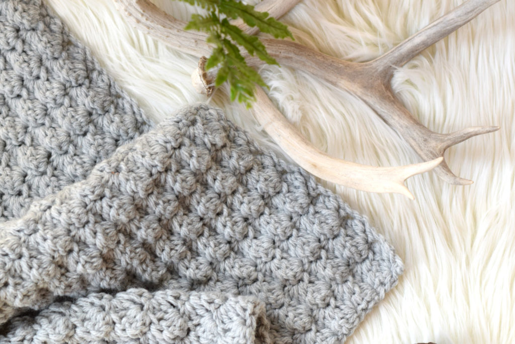 Simple Crocheted Blanket Go – To Pattern