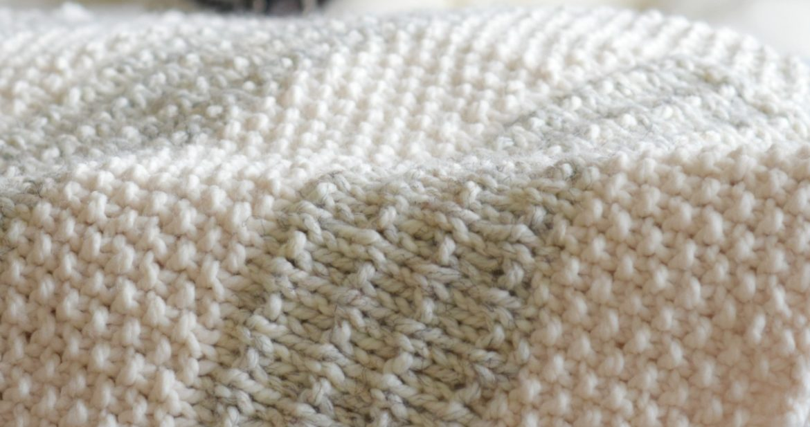 Easy Knit Blanket How To : Easy Heirloom Knit Blanket Pattern   Mama In A Stitch