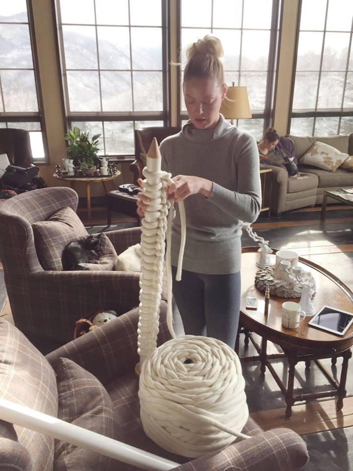 Katherine Heigl Talks Knitting!