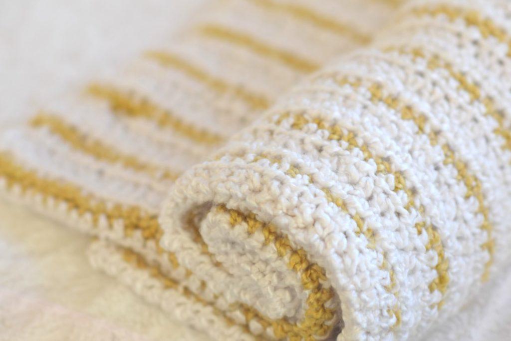Soft Beginner Crochet Blanket Pattern