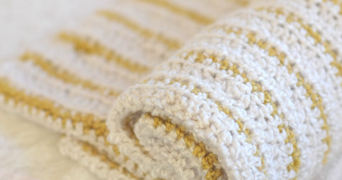 Soft Beginner Crochet Blanket Pattern Mama In A Stitch
