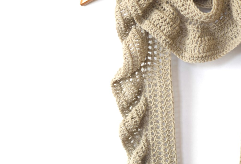 Merino Crocheted Ruffle Scarf Pattern Mama In A Stitch