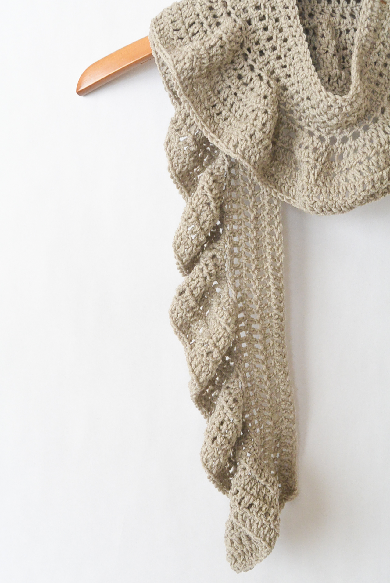 Ruffle Scarf Crochet Pattern Custom Decorating